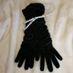 """Fabulous Long Black """"Velvet"""" Gloves!"""